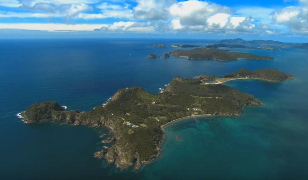 bays-of-islands-new-zealand
